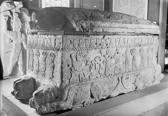 ahiram_sarcophag_from_biblos_xiii-xbc