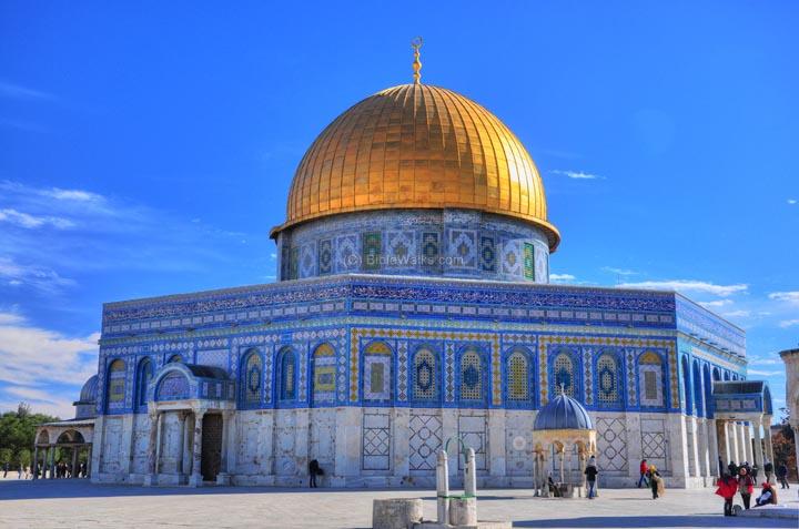 CRUS0150-JerusalemDomeRock (1)